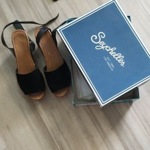 Seychelles Italy Black Suede Sandals